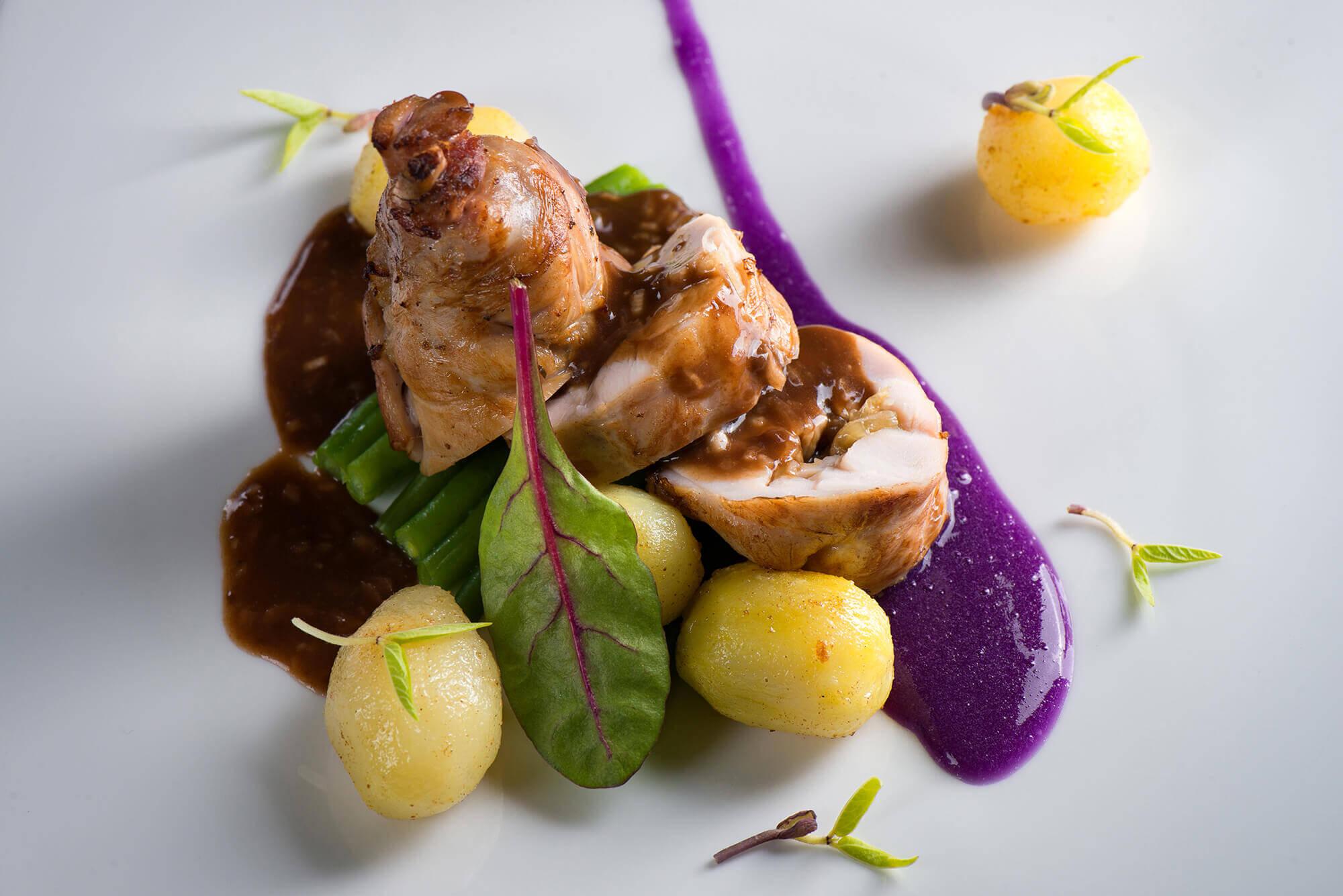 Кролик фаршированный грибами с пряным картофелем(2)